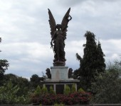 The war memorial in Wetherby. (photo credit: wetherbywarmemorial.com)
