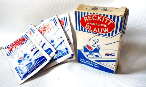 Reckitt Blauw Packaging, Photo Credit, Reckitt Henk Albert Deklierk, Wikipedia, Creative Commons