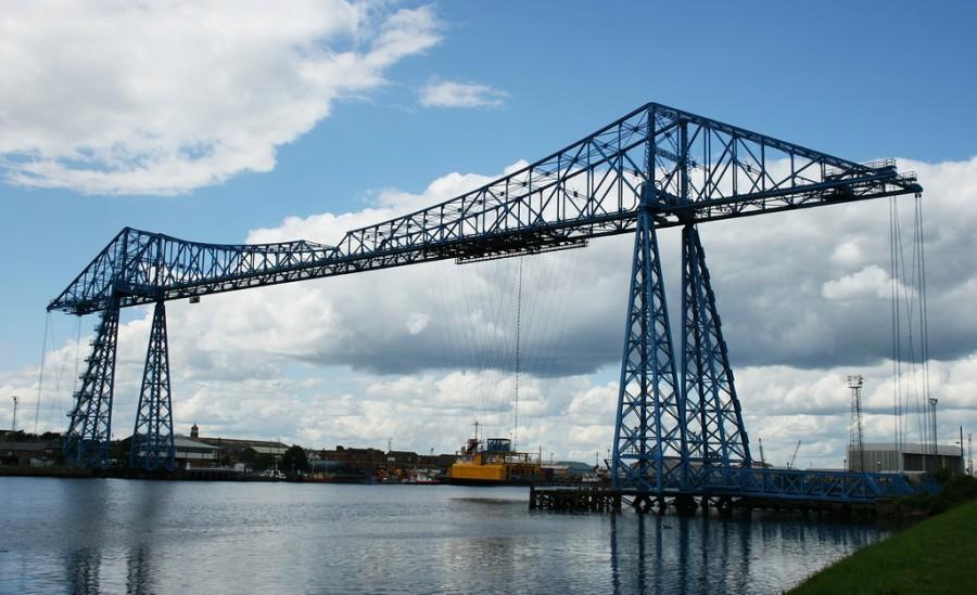 Middlesbrough_Transporter_Bridge,_stockton_side