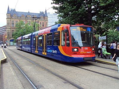 Sheffield brought back their tram system in the 1990s. Picture credit: Rept0n1x wikipedia creative commons.