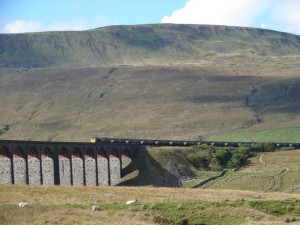 Dales way Whernside and Ribblehead viaduct