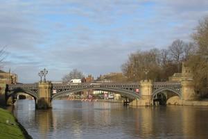 Walks MW skeldergate bridge