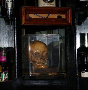 ye olde white harte skull g