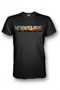 Emley Moor t-shirt in black
